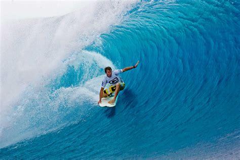 windows 8 theme big wave surfers windows 8 themes