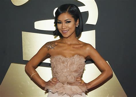 """Jhene Aiko Is Focused On A """"new Balance"""" On New Track"""