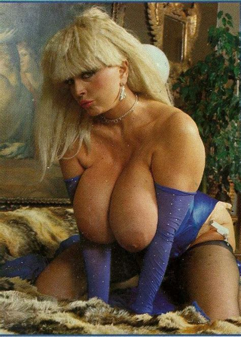 Big Boobed Vintage Babe Candy Samples Fucks Pichunter
