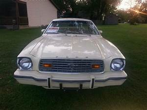1976 Mustang II Ghia for sale - Ford Mustang 1976 for sale in Maryville, Illinois, United States