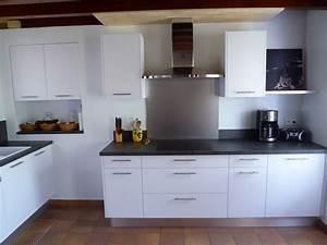 Cuisine Équipée Noir : pose de cuisine menuisier pr s de mont de marsan 40 agencement daudignan ~ Melissatoandfro.com Idées de Décoration