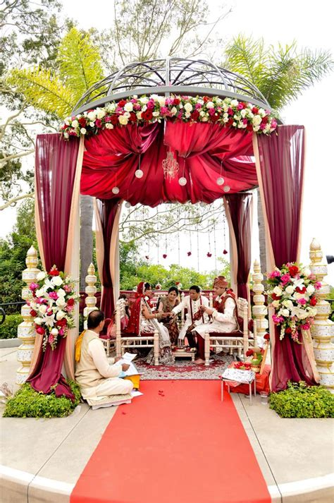 Best 25 Outdoor Indian Wedding Ideas On Pinterest
