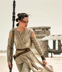 POSSIBLE SPOILERS: Daisy Ridley hints at Rey's parentage ...