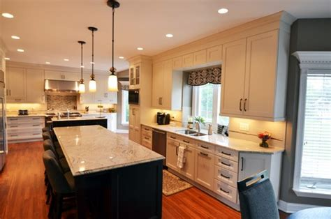48 upper kitchen cabinets what is the height of the upper cabinets