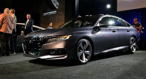 2018 Honda Accord 2.0t Touring Review & Changes