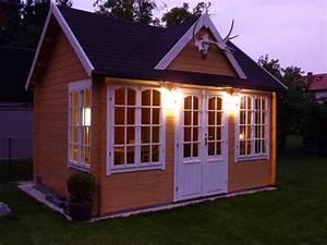 Gartenhäuser Aus Stein : solarlampen im garten tipps rund um die beleuchtung ~ Markanthonyermac.com Haus und Dekorationen