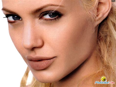 Hollywood & Bollywood: Angelina Jolie Wallpapers