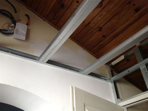 corniere faux plafond maison travaux