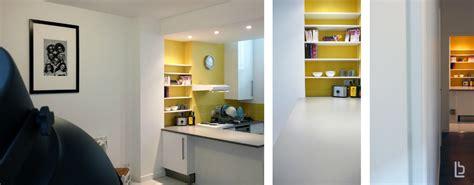 cuisine blanche et jaune decoration salon mauve et gris 10 cuisine blanche mur