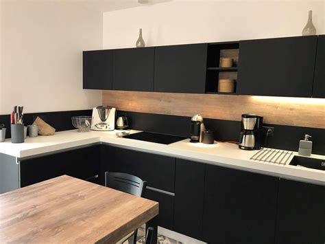plan de travail snack cuisine awesome cuisine noir plan de travail bois blanc photos
