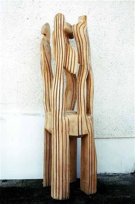 skulpturen aus holz artvogel skulpturen holz