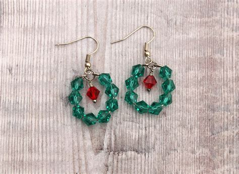 swarovski crystal christmas wreath earrings sparkly