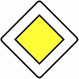Intersection Code De La Route : aux intersections priorit aux convois exceptionnels ~ Medecine-chirurgie-esthetiques.com Avis de Voitures