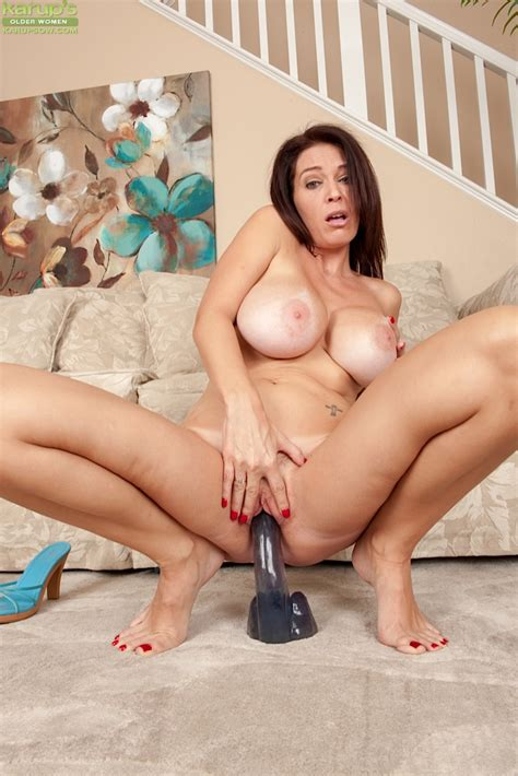 Lecherous Top Heavy Milf With Trimmed Cooter Riding A Big