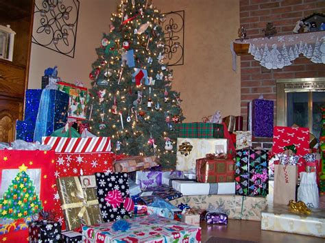 image gallery lots of presents
