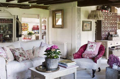 Vintage Home Style : Go 'florabunda' With Vintage Floral Style