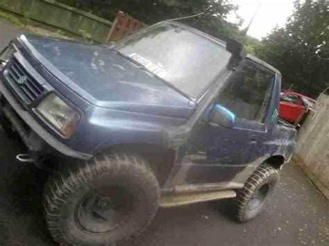 jeep driving away jeep suzuki vitara spares or repair off roader mot drive
