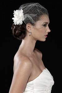 Complete Wedding Veils Guide: All There Is To Know About A Bridal Veil