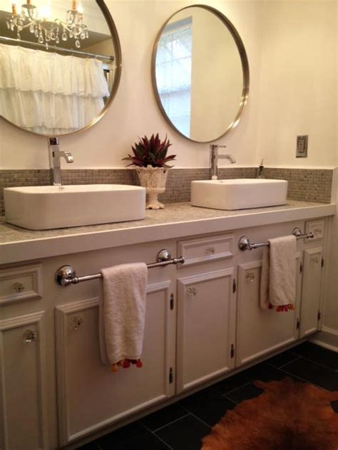 bar bathroom ideas 1000 ideas about bathroom towel bars on towel