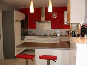 cuisine rouge grise et blanc With maison grise et blanche 8 cuisine rouge mur couleur chaios