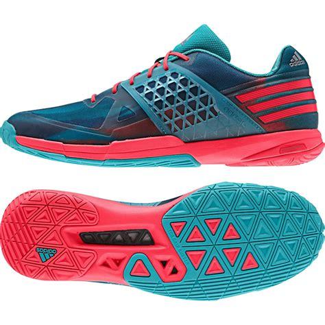 pakaian olahraga 5 sepatu badminton bulutangkis speedtakes ueberschall