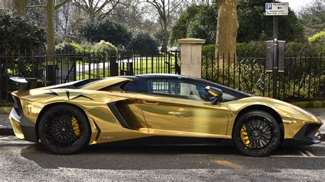 car lamborghini gold arab prince owns fleet of gold cars