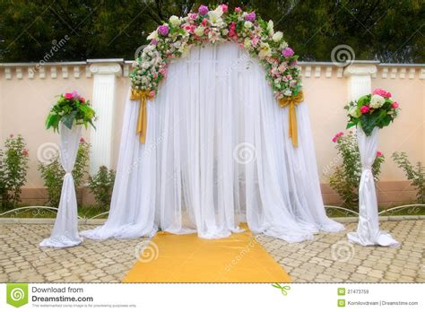 wedding arch  flowers royalty  stock images