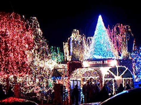 deacon daves christmas lights 2009 youtube
