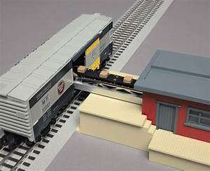 Lionel Operating Freight Station
