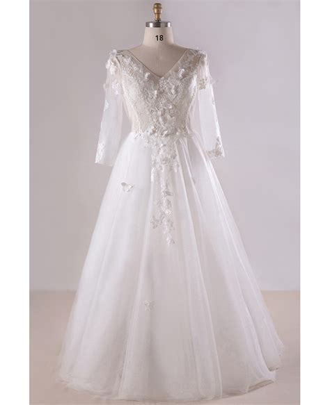 gorgeous  size white butterflies long tulle wedding