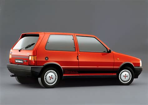 renault car 1980 sunday classic fiat uno turbo i e ran when parked