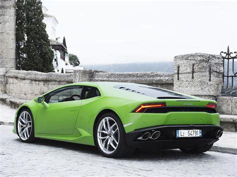 Brand Spanking New Lamborghini Huracan Pictures
