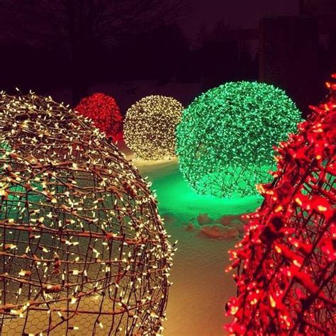 chicken wire christmas lights the world s catalog of ideas