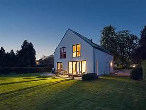 Wohnen In Der Zukunft : smart home wohnen in der zukunft kielerleben ~ Frokenaadalensverden.com Haus und Dekorationen