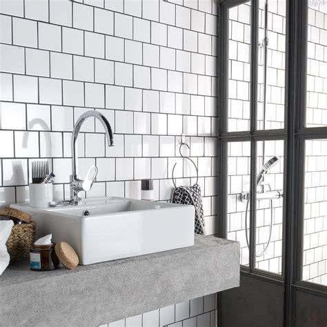 cuisine carrelage noir carrelage salle de bain beige