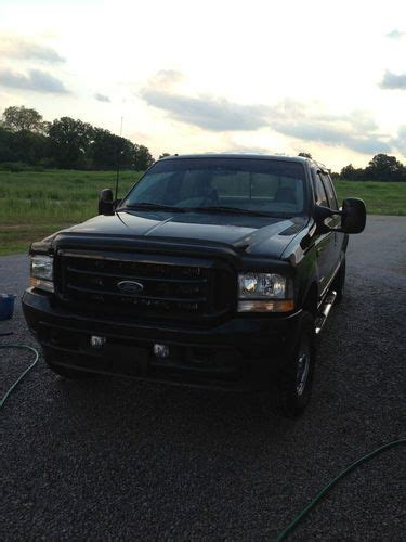 Sell Used 2003 Ford Super Duty F250 Xlt Crew Cab Fx4 4x4