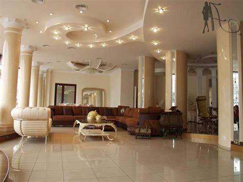 beleuchtung wohnzimmer decke decke wohnzimmer gestalten