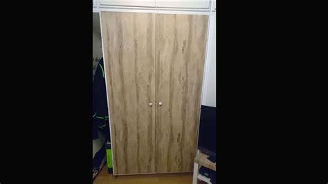 Schrank Verschönern Idee by Kleiderschrank Bekleben Folie Holzdekor Resimdo