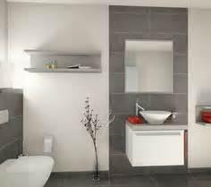 badezimmer fliesen ideen grau über 1 000 ideen zu graue fliesen auf kacheln graue fliesenböden und badezimmer