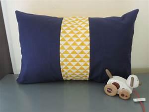 Housse De Coussin 60x40 : les 25 meilleures id es concernant meubles bleu marin sur pinterest meubles marine d cor ~ Teatrodelosmanantiales.com Idées de Décoration