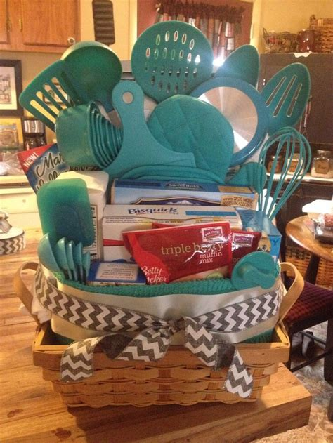 Best 25+ Kitchen Gift Baskets Ideas On Pinterest  Gift