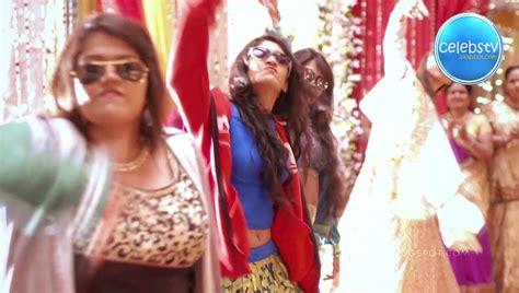 Teen Tv Actress Shivangi Joshi Aka Naira Hot Bare Navel