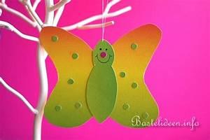 Schmetterlinge Basteln Zum Aufhängen : kinderbasteln zu ostern fensterbild schmetterling ~ Watch28wear.com Haus und Dekorationen
