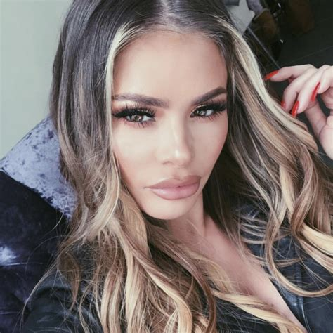 Chloe sims has revealed she is having her fillers drained in a bid to achieve a more natural look after years of cosmetic work. Why TOWIE's Chloe Sims is deliberately 'avoiding the 2018 ...