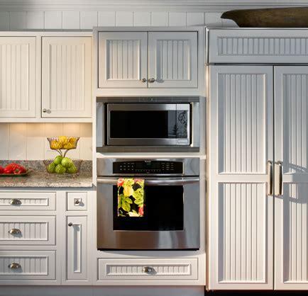beadboard wallpaper kitchen cabinets beadboard wallpaper kitchen cabinets gallery 4377