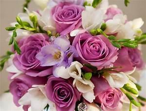 Bouquet De Fleurs : comment offre t on des fleurs livraison fleurs ~ Teatrodelosmanantiales.com Idées de Décoration