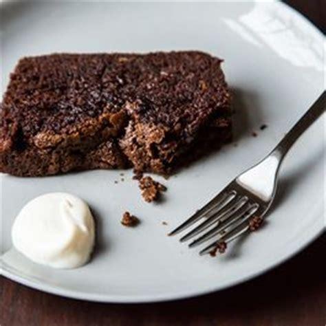 molten chocolate cake recipe french desserts