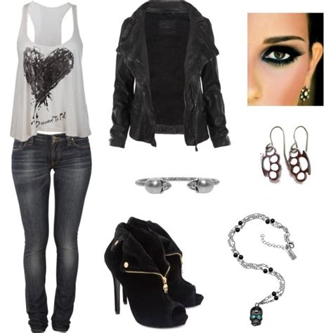 25+ best ideas about Concert Outfit Rock on Pinterest | Rock concert wear Concert style and ...