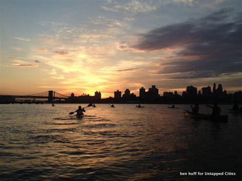 Row Boat Around The World by Boat Club Circumnavigates Manhattan