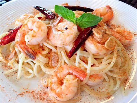spicy shrimp pasta spicy garlic shrimp pasta